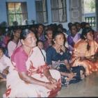 Incontro con le donne di un villaggio