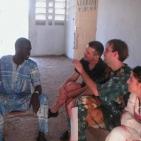 Riunione con i volontari a Toubab Dialaw