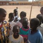 bambini all'interno della scuola a Saint Louis