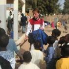 incontro con i bambini all'interno della scuola a Saint Louis