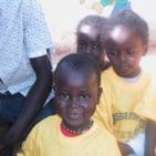 bambini sostenuti toubab dialaw1