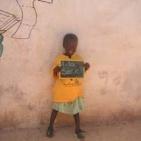 bambini sostenuti toubab dialaw10