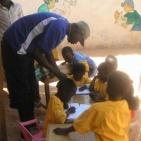 bambini sostenuti toubab dialaw14